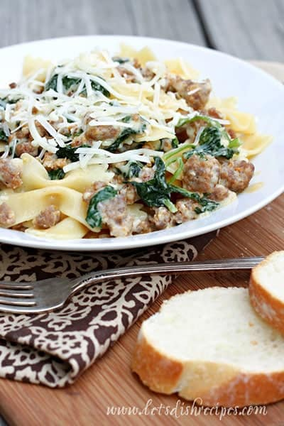 pasta-with-sausage-and-rapi