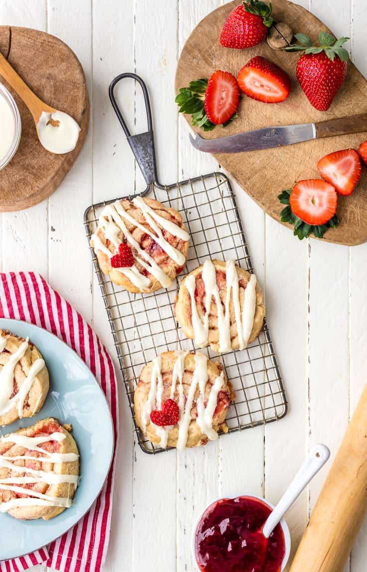 Strawberry Cinnamon Roll Cookies